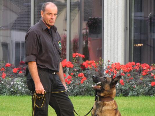 Mit Hund und Ruhe